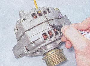 намечение продольной линии на генераторе маркером