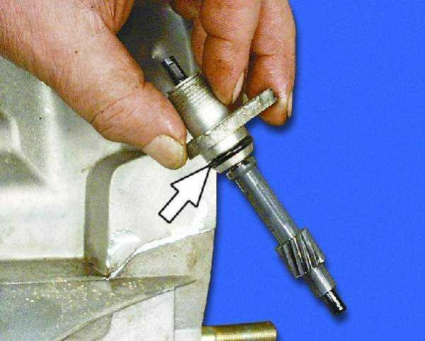 Корпус привода сцепления с шестерней и уплотнительным колечком