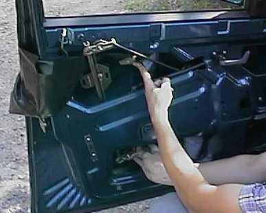 Вынимаем старый стеклоподъёмник