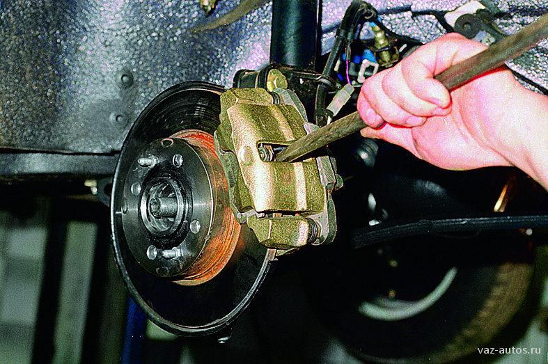 Фото №1 - почему греются передние тормозные диски на ВАЗ 2110 после замены
