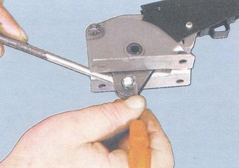 Ремонт рычага привода ручника