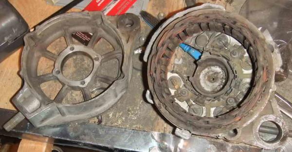 Снятые с агрегата крышки