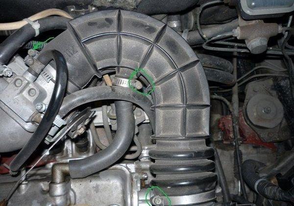 Демонтаж патрубка воздуховода