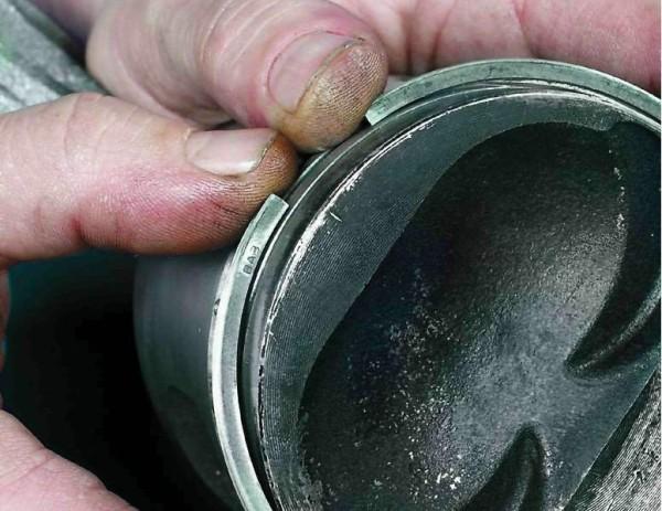 Замена маслосъемных коле ваз 2109