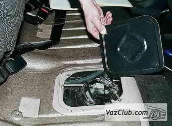 Установка бензонасоса на автомобиле ВАЗ 2112