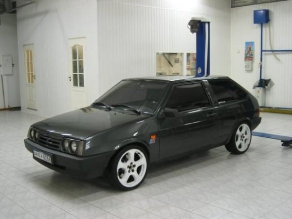 Общий вид автомобиля ВАЗ 2109