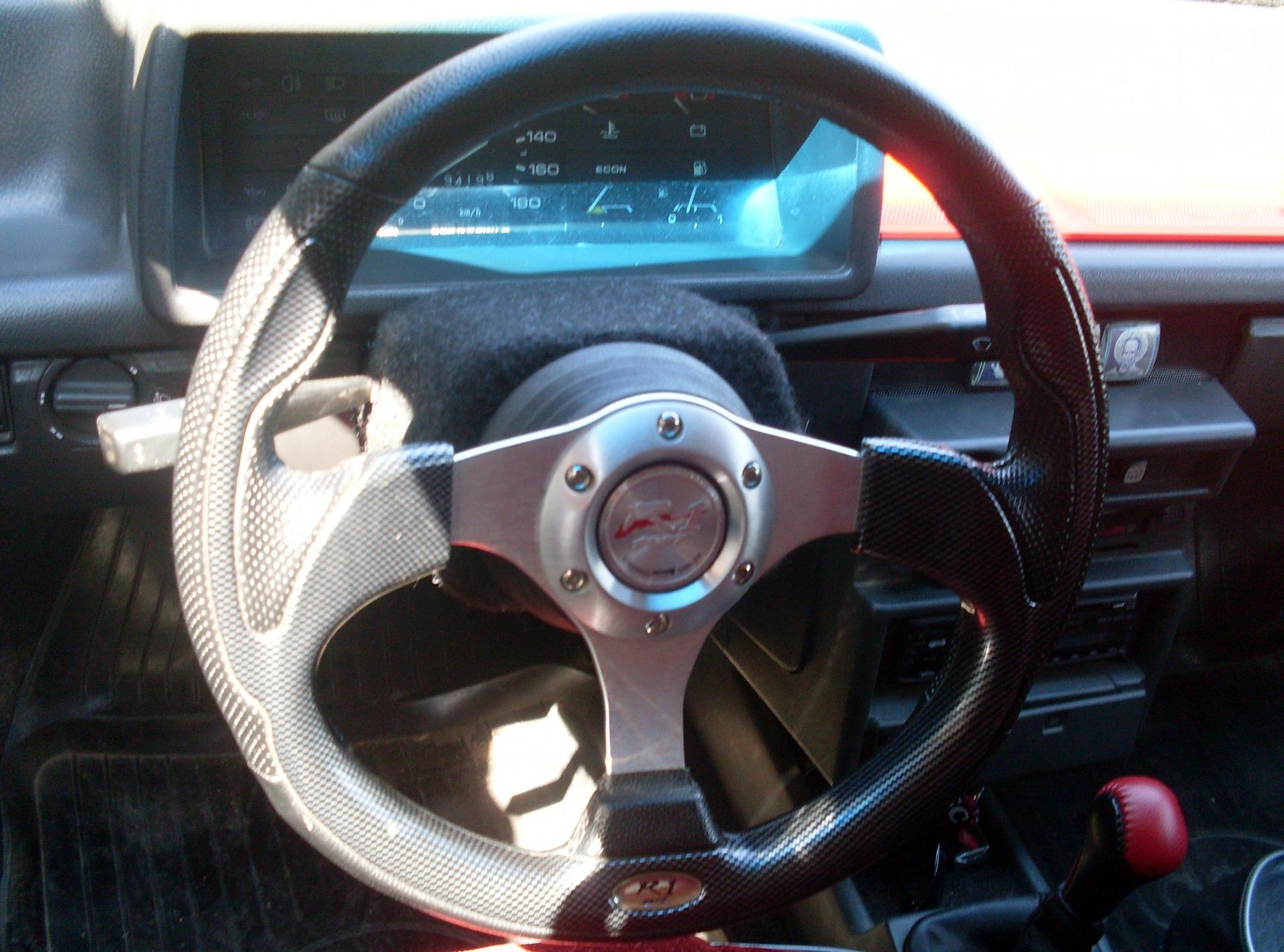 Фото №1 - руль на ВАЗ 2110