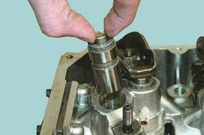 Установка гидрокомпенсаторов в автомобиле ВАЗ 2112
