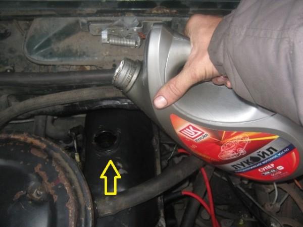 ВАЗ 2105 замена масла в двигателе