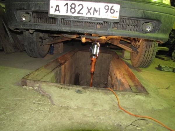 Замена масла двигателя ВАЗ 21043 лучше всего делается на яме