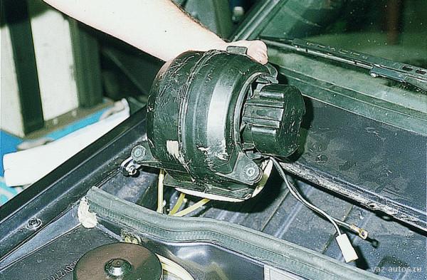 Замена электродвигателя отопителя на ВАЗ 2114