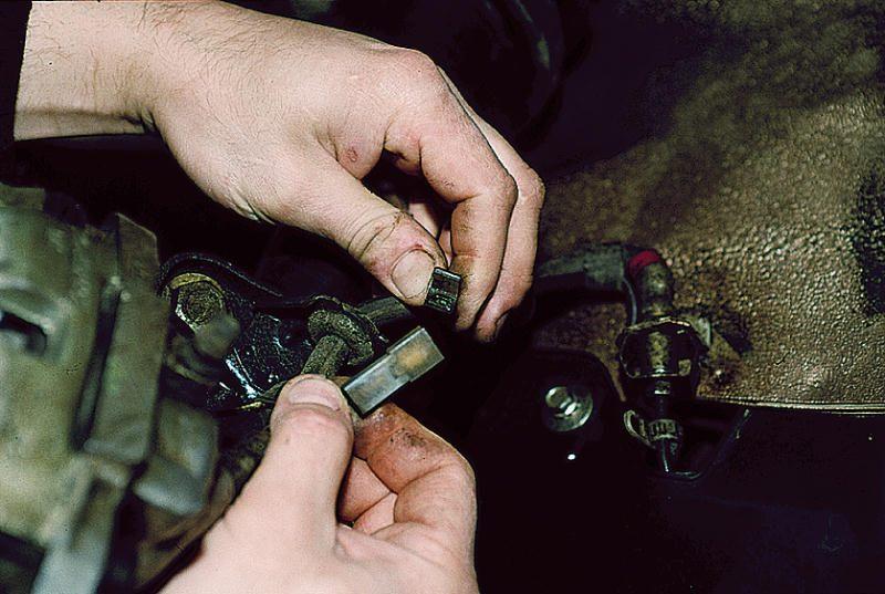Фото №2 - замена передних тормозных дисков на ВАЗ 2110