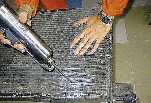 Ремонт радиатора авто ВАЗ 2112 пайкой