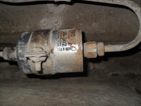 Фильтр топлива ваз 2112 с резьбовым соединением