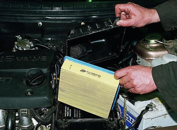 Замена воздушного фильтра ваз 2110 инжектор