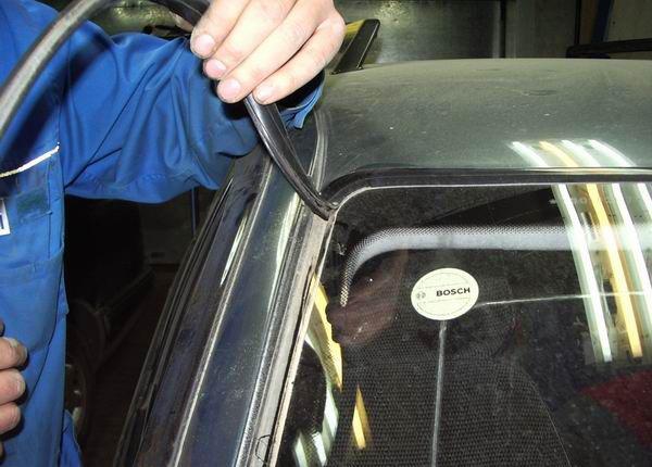 Замена заднего стекла на авто своими руками