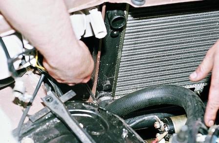 Ваз 21099 замена радиатора охлаждения
