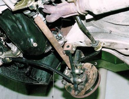 Замена передних амортизаторов ваз 2110