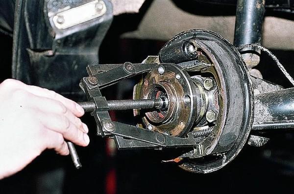 Подшипник передней ступицы ваз 2110 снимаемый с помощью съемника