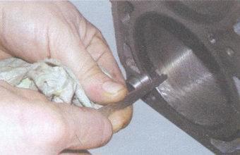 Очищение цилиндра от нагара