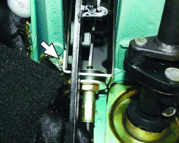 Заменить тросик сцепления ваз 2109