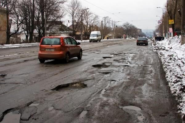 Плохие дороги – способ диагностики шаровых опор и причина их поломки