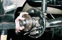 Установка подшипника ступицы на автомобиле ВАЗ 2110