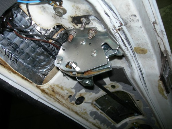 Ваз 2110 регулировка замка багажника