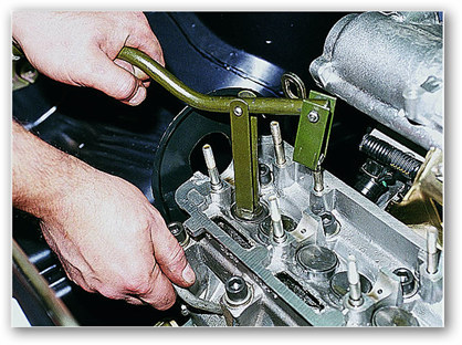 Рассухаривание клапанов ваз 2109 специальным съемником