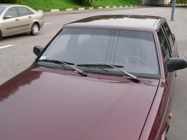 Общий вид передней части авто ВАЗ 2109
