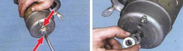 Выкрутив винты, снимаем крышку, прокладку зажим и все уплотнительные кольца