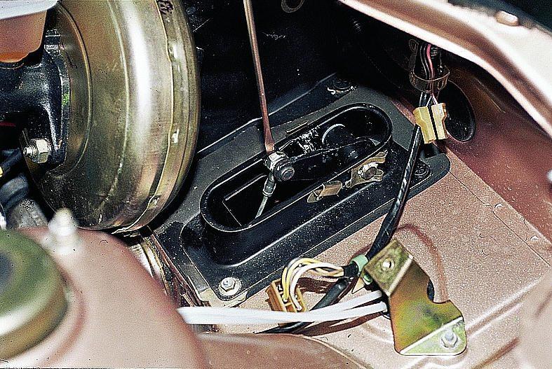 Фото №29 - замена тросика сцепления ВАЗ 2110