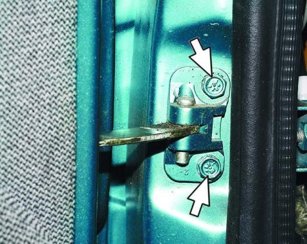 Установка петли для двери авто ВАЗ 2110