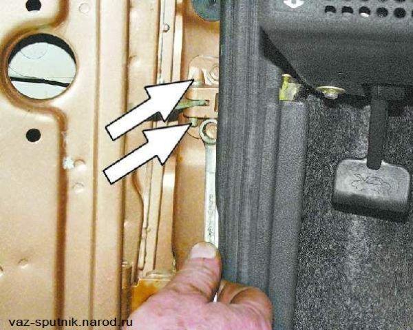 Снятие двери на авто ВАЗ 2109