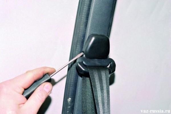 Крепление передних ремней безопасности на ваз 2109